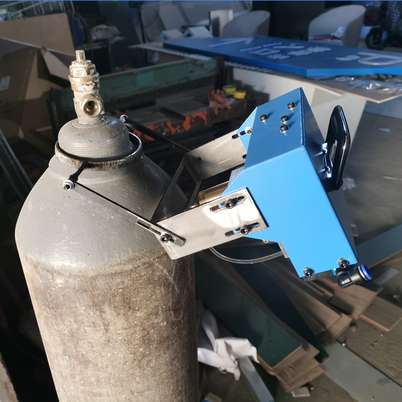 XYF1手持吸附式乙炔瓶打标机 氩气瓶检测打码机 轩一数控 钢瓶工业气动打标机